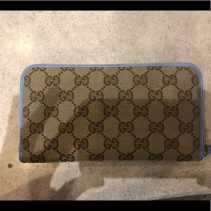 Gucci woman wallet